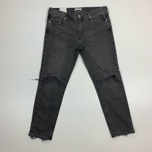 Agolde Feel Good Grey Distressed Cropped Jean Flaw